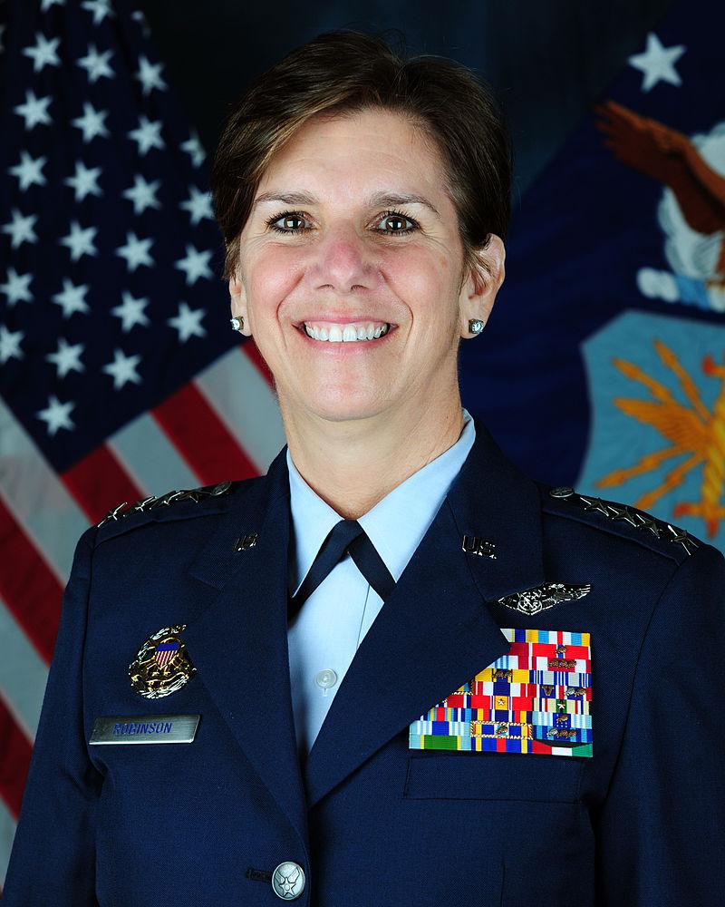 Lori Robinson, armée U.S.