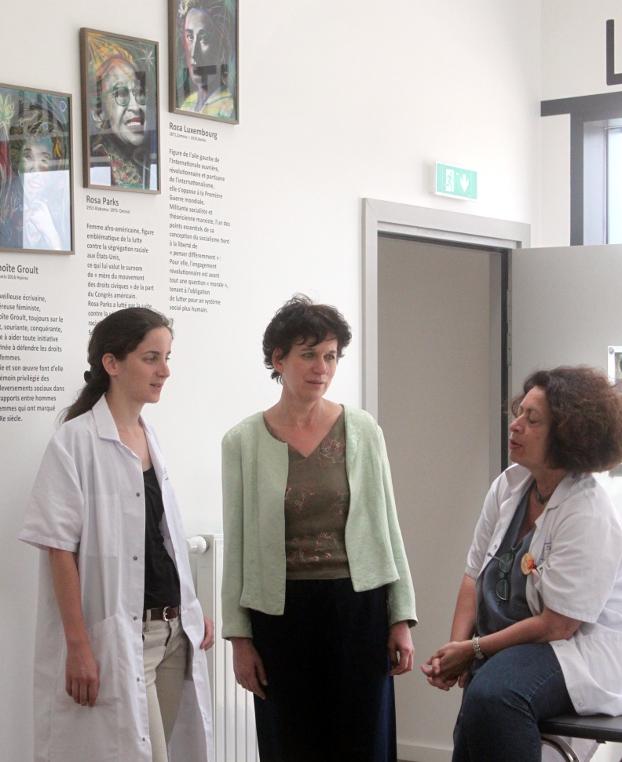 Mathilde, Karin Teepe (psychologue) et Ghada Hatem